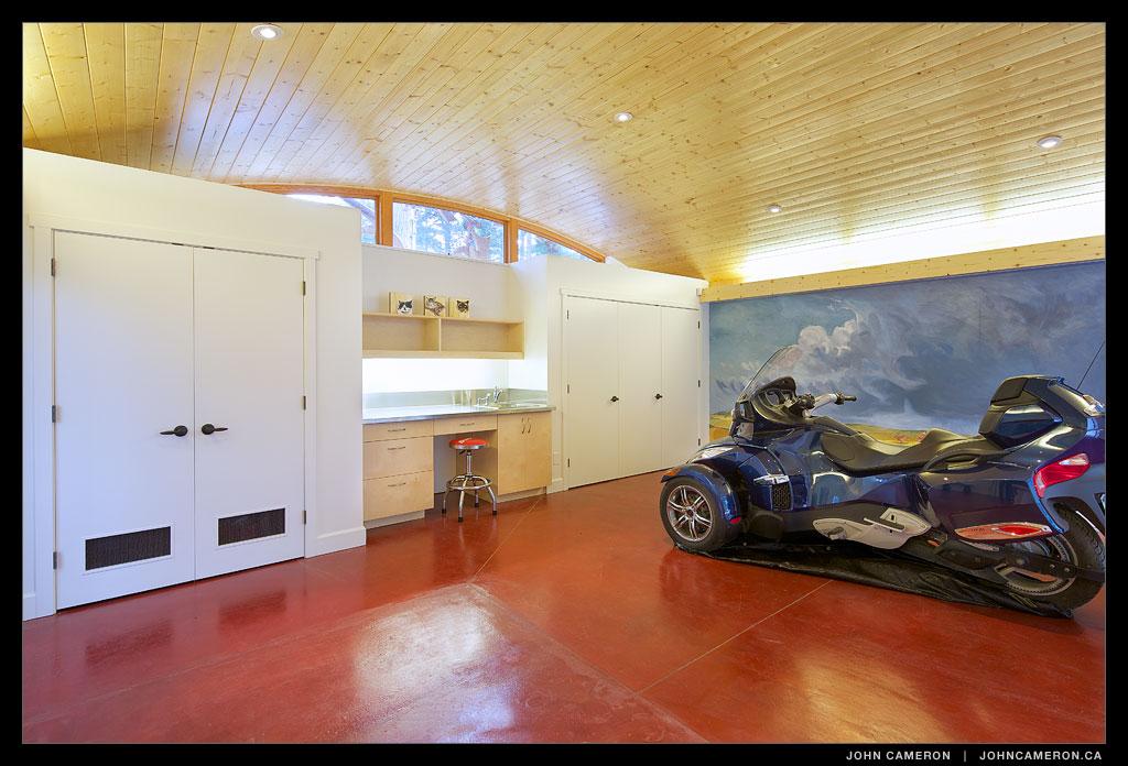 living-garage20141001104