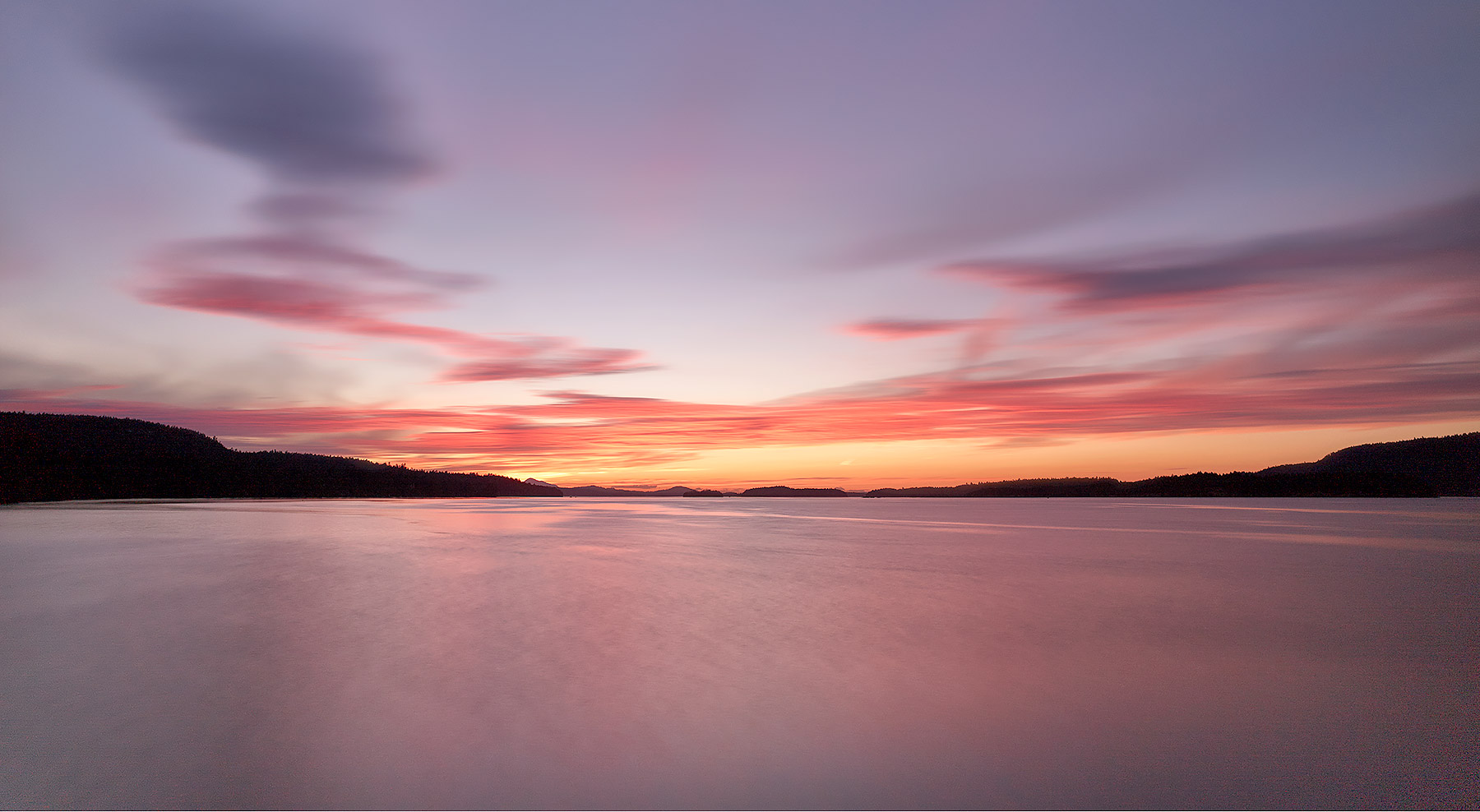 Peaceful Oceanscape, Trincomali Channel, Salt Spring Island ©johncameron.ca
