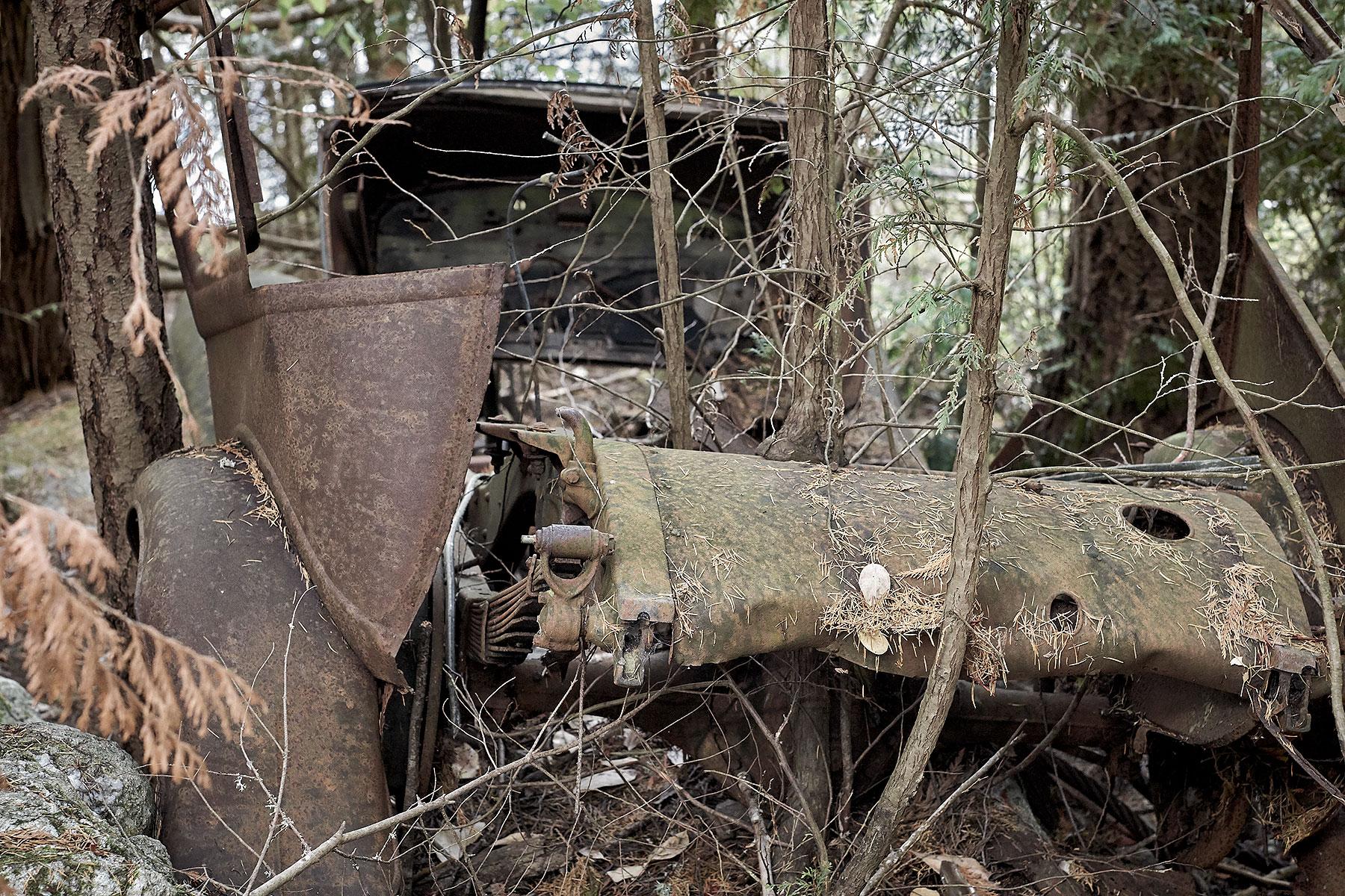 Old Salt Spring Vehicle ©johncameron.ca