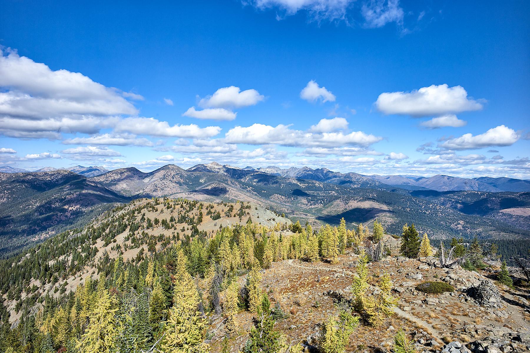 Goat Peak North View ©johncameron.ca